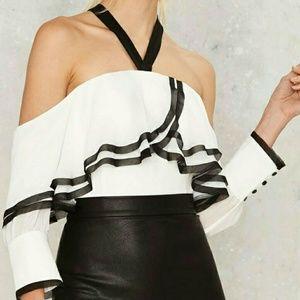 Bardot | NWT Off Sholder White Top
